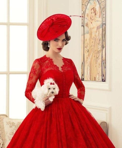vêtements et accessoires pour les tenues de soirée rouges